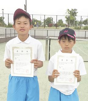 県予選会で優勝した脇田君(右)と栗田君(左)=秦野ジュニア