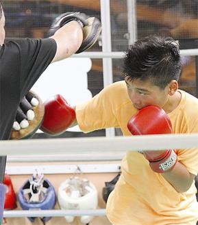 井上ボクシングジムでの厳しいトレーニング