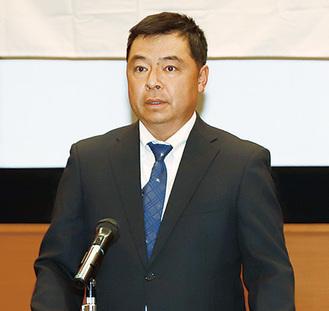 会長の山本さんのあいさつ