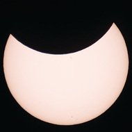 6日に部分日食