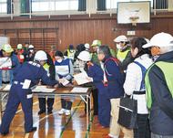 避難所の開設・運営を訓練