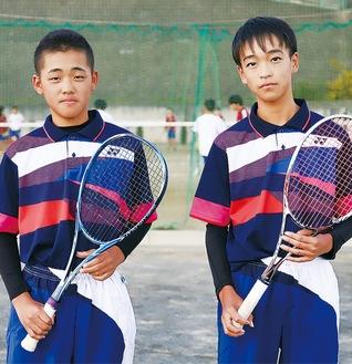 後輩の高橋選手(左)と先輩の峰選手