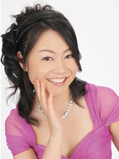 ピアニスト岡本暁子