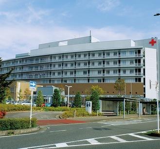 拠点が置かれる秦野赤十字病院