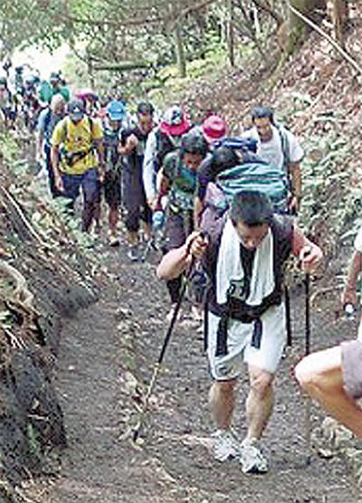 登山道整備にひと役