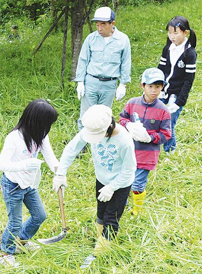 北小児童が森林体験学習