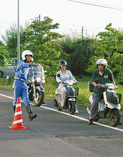 二輪車事故防止のために