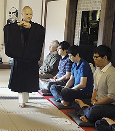 宝蓮寺で座禅体験