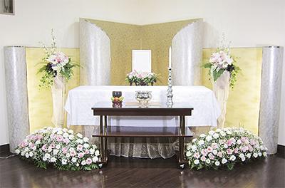 自宅のような安らぎを... 家族葬に「たんざわプラン35」