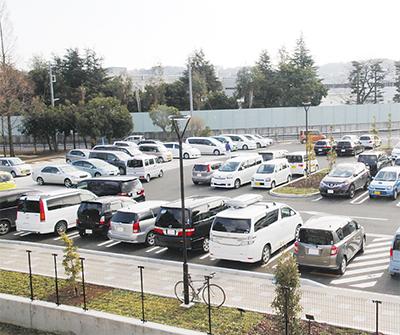 第一駐車場 飽和状態の日も