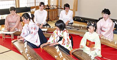伝統楽器教え10周年