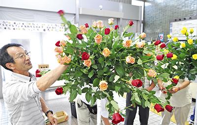 特産バラを展示