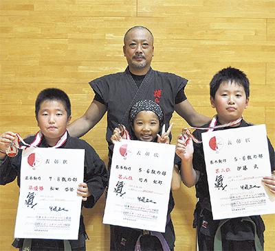 全日本で3人が入賞