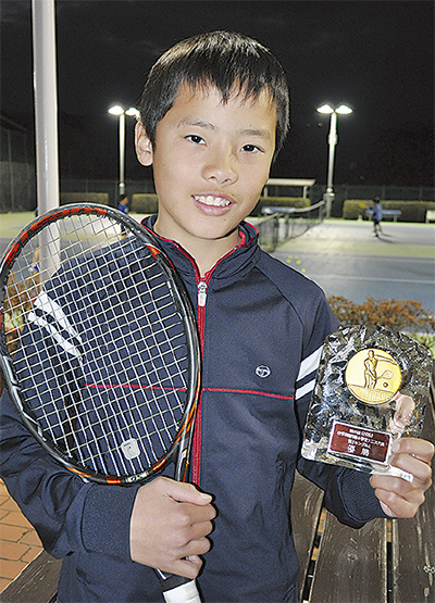 県小学生テニスで優勝