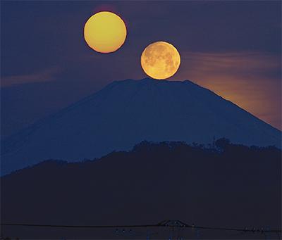 月と太陽でおめかし