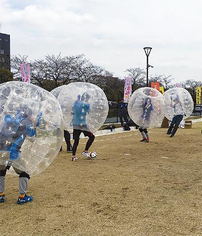 白熱のバブルサッカー
