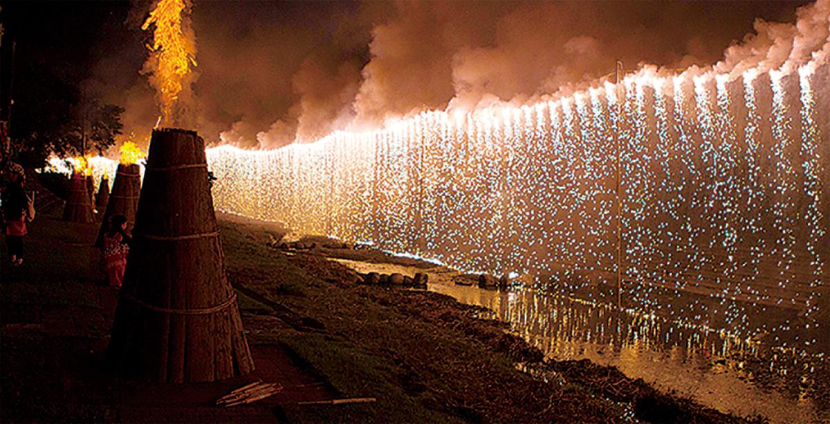 たばこ祭でナイアガラ廃止
