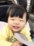 宮原愛乃ちゃん 2014年12月10日生まれ 女の子 藤沢市 「いい顔して~!」と言うと、この顔をするように!みんなが愛ちゃんにメロメロです!